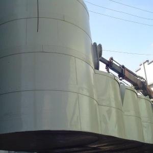 Reservatório de água industrial